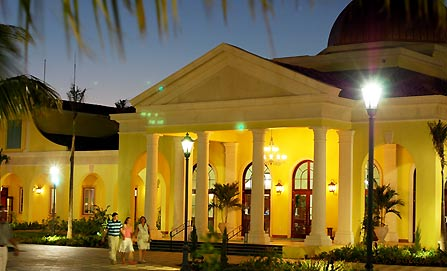 All Inclusive Sandals Whitehouse, All Inclusive Vacations, All Inclusive Resorts, Jamaica All Inclusive Vacations, Sandals Resorts, Beaches Resorts, Sandals Whitehouse free wedding